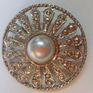 Round Silver Tone Brooch With Faux Pearl